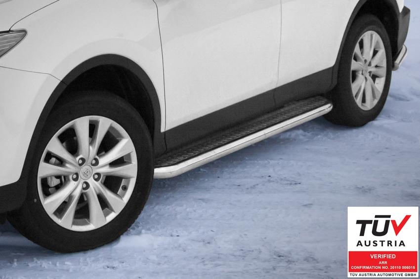 Stigtrinn m/blekkplate, rør Ø 70mm, Toyota RAV4, mod. 2013->2015