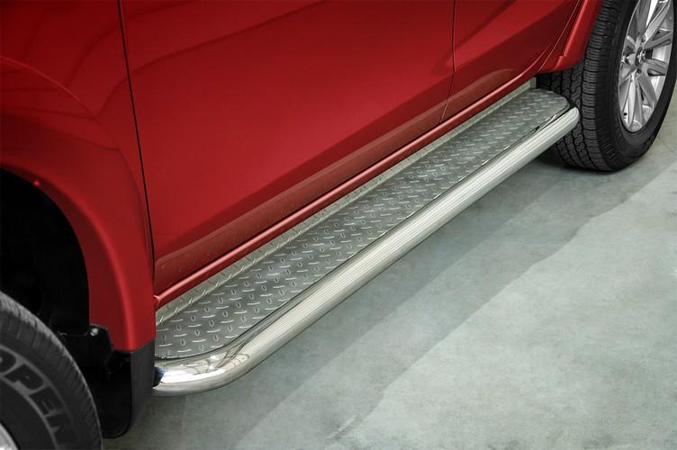 Stigtrinn Ø 70mm, m/metallplate,   Fiat Fullback mod. 2015->